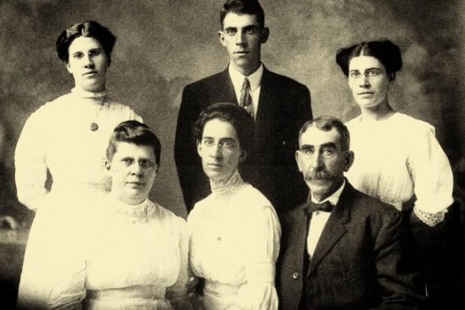 Ritratto Di Famiglia 07